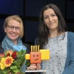 Anna Böhm (re.), Laudatorin Susanne Asche (Kulturamt Karlsruhe) Bild: SWR/Peter A. Schmidt