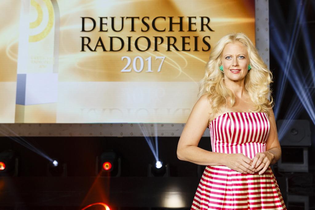 Barbara Schöneberger führt auch 2016 durch die Gala. © NDR/Morris Mac Matzen
