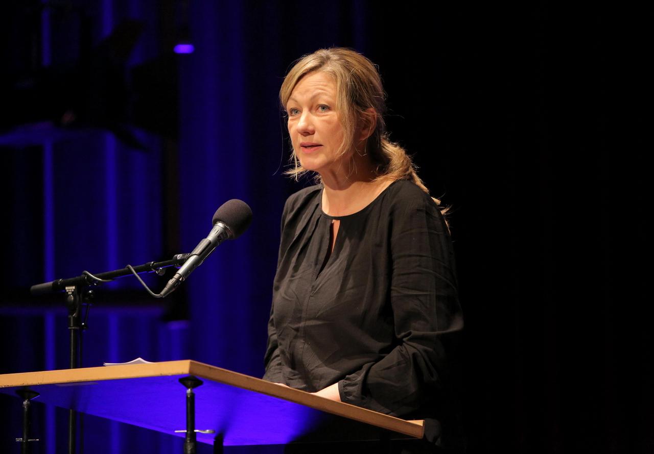 "Silke Burmester beim Symposion ""Lauter Likes"" der 14. ARD Hörspieltage 2017. Bild: SWR/Peter A. Schmidt."